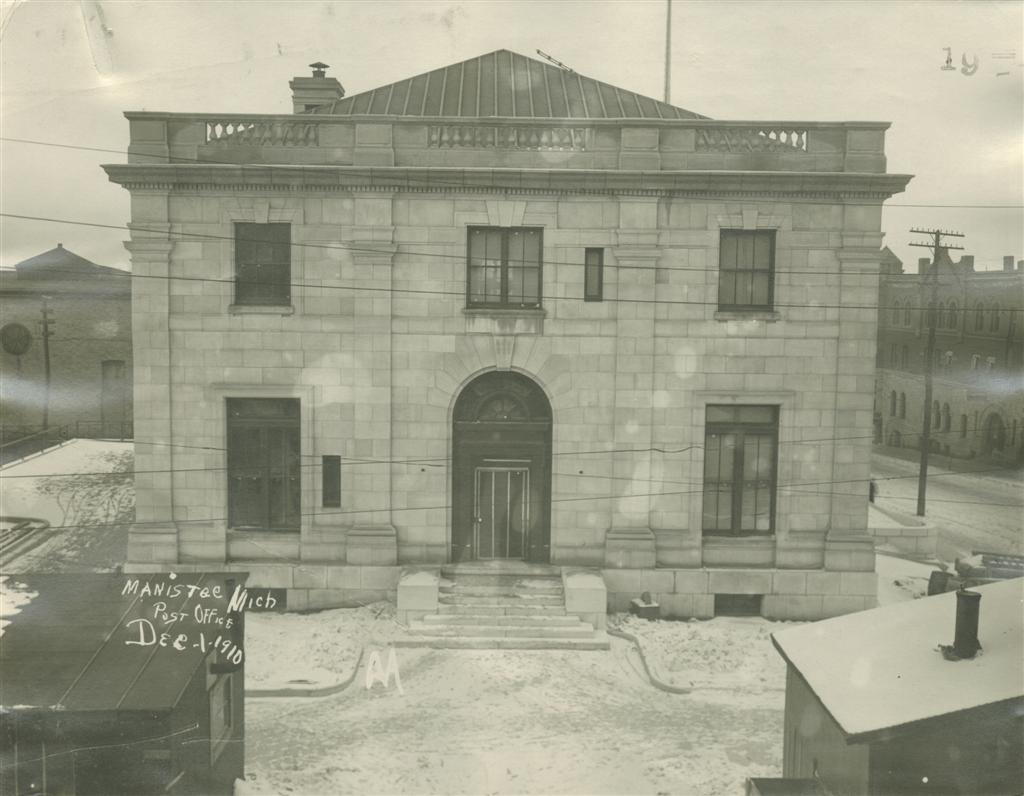 Historical photo showing the west side of the Post Office taken December 1910 exterior work is nearing completion