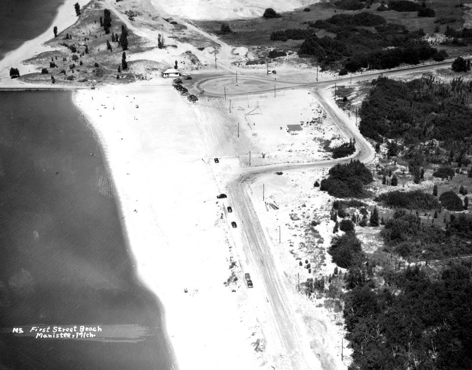 Aerial photo of First St Beach taken in the 1940s early 50s